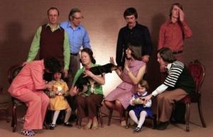Как в семье построить отношения с родственниками?