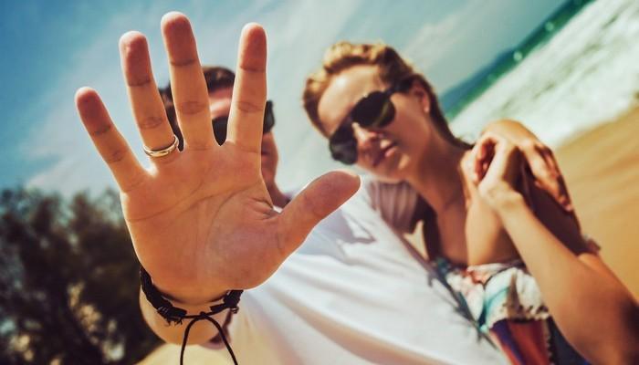 Курортный роман, измена или любовь. Советы семейного психолога.