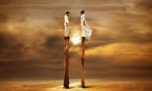 Как проявляется страх одиночества у мужчин и женщин?