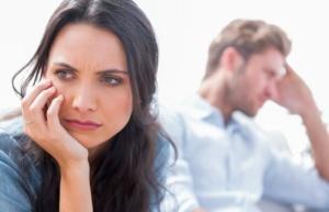Почему женщины готовы терпеть в отношениях?
