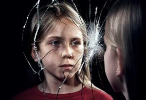 Read more about the article Работа с травмой и семейные расстановки: несовместимы или дополняют друг друга?